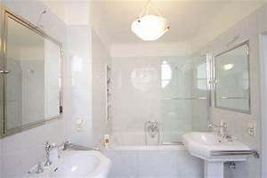Luminaire De Salle De Bain : d coration luminaire salle de bain exemples d 39 am nagements ~ Dailycaller-alerts.com Idées de Décoration