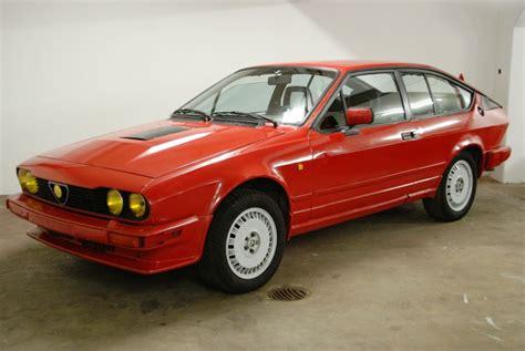 1985 Alfa Romeo Gtv6 by 1985 Alfa Romeo Gtv6 2 5 Classicon Motorwagen Media Gmbh