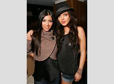 Kim Kardashian keeps her distance from old pal Lindsay