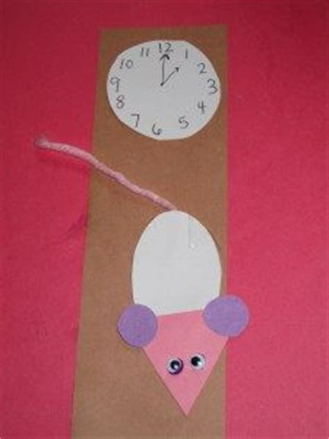 25 best ideas about hickory dickory dock on 322 | 645e30ebc784752269341bb75d7f6941