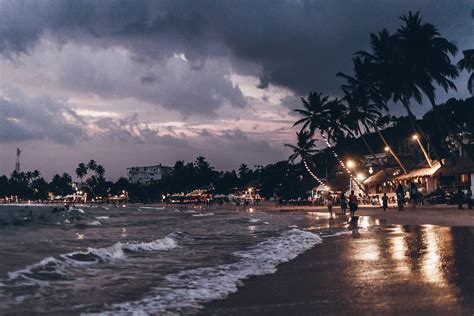 beach  swing  mirissa dalawella mikutanu