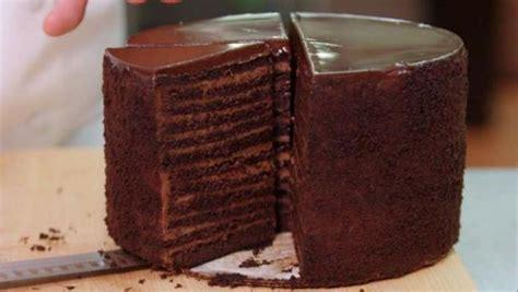 strip houses chocolate cake food network