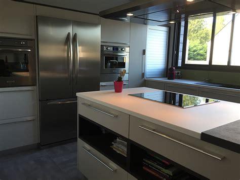 cuisine frigo bien cuisine carrelage noir et blanc 4 une cuisine r233tro