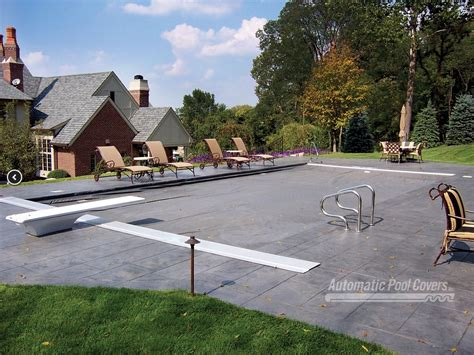 autoguard  track system automatic pool covers
