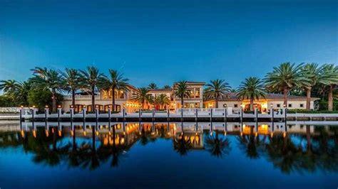 Las Olas Mansion with 'automobile museum' for $12M ...