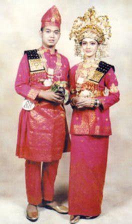 Aborsi Sumatra Gianinafashion Busana Adat Perkawinan Nusantara