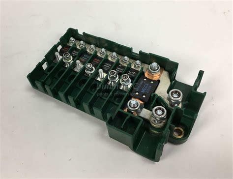 1995 Bmw Fuse Box by Bmw E38 E39 Rear Trunk Power Distribution Fuse Box Holder
