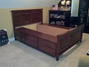 The Bullock 5: Queen Platform Storage Bed DIY