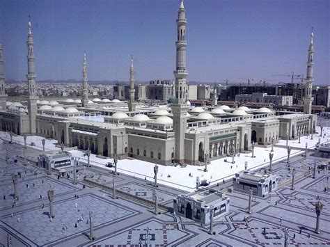 les cinq  grandes mosquees du monde trouve ta mosquee
