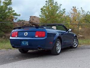 Automotive Trends » 2005 Ford Mustang Convertible