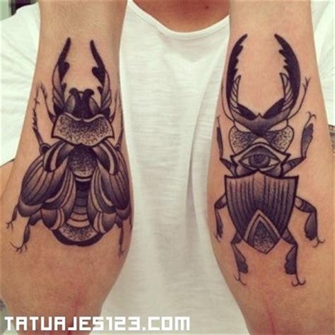 escarabajo tatuajes