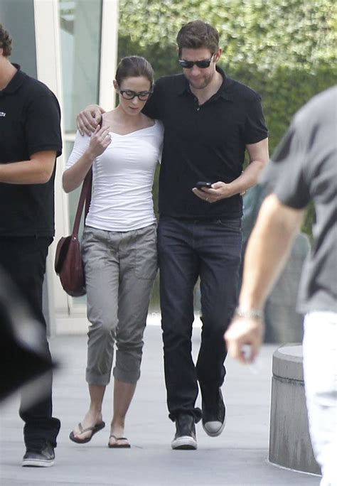 Born in the uk, the famous actress pairs john and emily have been together since 2008. Emily Blunt and John Krasinski walked together after ...