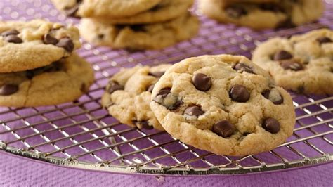 vegan chocolate chip cookies vegan chocolate chip cookies recipe bettycrocker com
