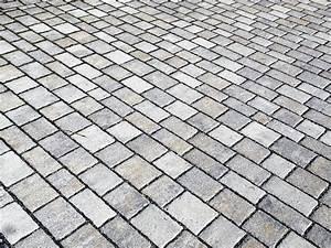 Steinplatten und pflaster richtig reinigen heim und haus for Steinplatten reinigen