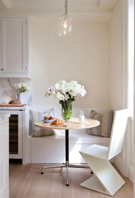 banc de coin pour cuisine pourquoi choisir une table avec banquette pour la cuisine