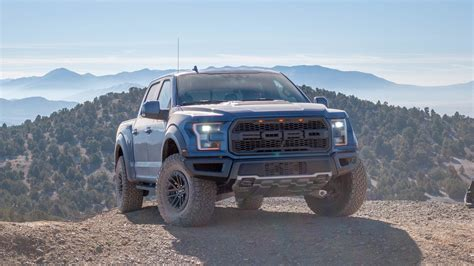 ford   raptor  drive review smarter faster