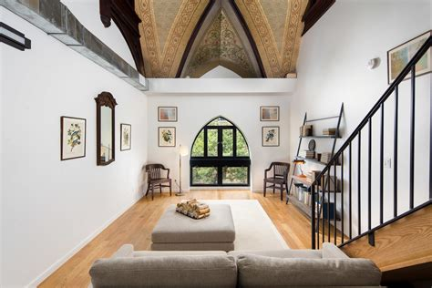 rent    stunning lofts   converted brooklyn