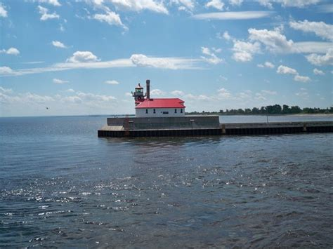 Boat Club Duluth Reviews by Statue Picture Of Canal Park Duluth Tripadvisor