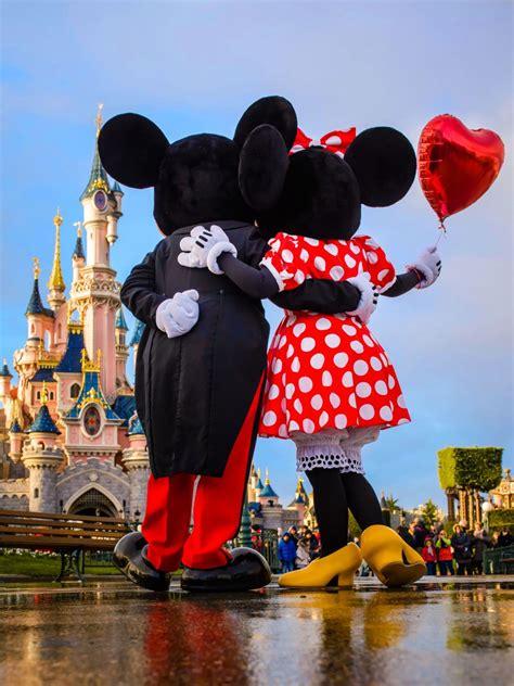 valentines day  disneyland paris disneyland paris