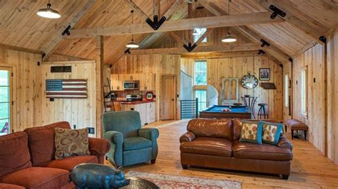 ponderosa country barn house  exceeds  expectations   people   barn