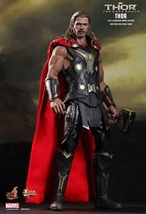 Hot Toys : Thor: The Dark World - Thor (Light Asgardian ...