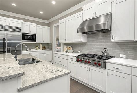 White And Grey Kitchen Backsplash : Kitchen Backsplash Designs (picture Gallery)
