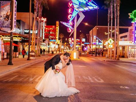 fremont street wedding photography package las vegas