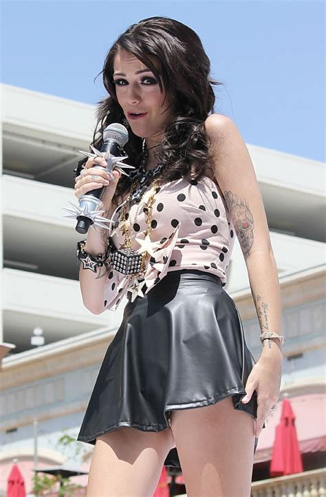 Cher Lloyd Upskirt Flashing Her Leopard Print Panties While Performing At Teen V Porn Pictures
