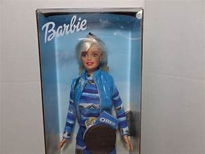 2001 Barbie Collector Edition By Mattel Nrfb 50841