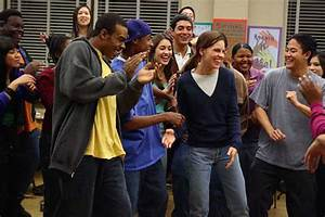 Reeling: the Movie Review Show's review of Freedom Writers