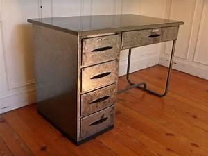 Bureau En Metal : bureau atelier en metal vintage steel desk style and steel jpg tables bureaux lampes ~ Nature-et-papiers.com Idées de Décoration