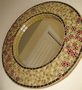 Mosaicos com Pastilhas de Vidro – Casinha Bonita