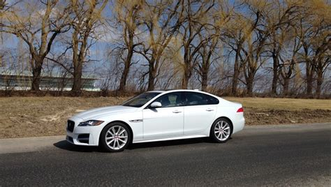 Auto Review 2016 Jaguar Xf Luxury Midsize Sports Sedan