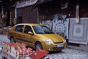 Renault Clio Symbol  Thalia - 2000