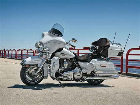 Harley Davidson Ultra Limited Wallpapers by Harley Davidson Ultra Limited Wallpapers And Background