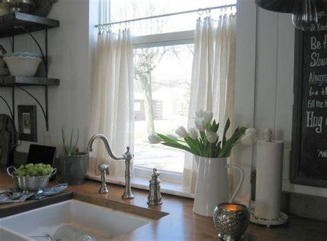 gardinen küche modern 50 fenstervorh 228 nge ideen f 252 r k 252 che klassisch und modern gardine k 252 che modern fensterdeko