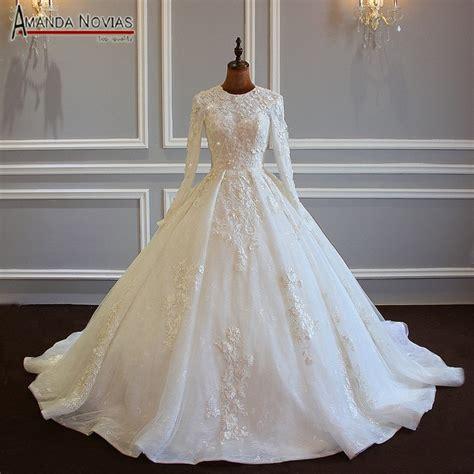 design muslim wedding dress  lace flowers