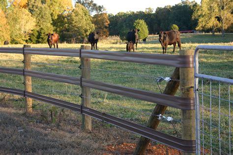 horsefence direct centaur white lightning fence