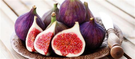 comment cuisiner les figues la figue s 39 invite dans les recettes des chefs