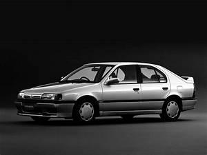 Nissan Primera Hatch  P10  2 0 D  75 Hp