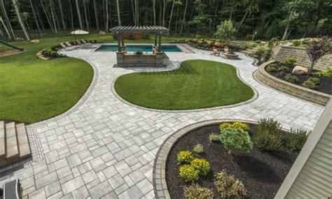 Unilock Transition Pavers by Concrete Pavers For The Look Of Aged Unilock