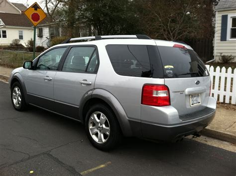 Pin 2005 Ford Freestyle Pictures Se Picture On Pinterest