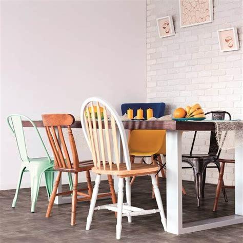 Tisch Mit Verschiedenen Stühlen by Holzarten Richtig Kombinieren Miam 246 Bel