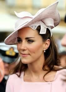 annoushka pearl drop earrings kate middleton decorative hat kate middleton hats looks