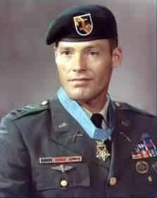 medal of honor recipient retired army colonel robert l howard buried in arlington on the