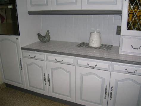 repeindre cuisine en gris hs repeindre carrelage de la crédence de cuisine