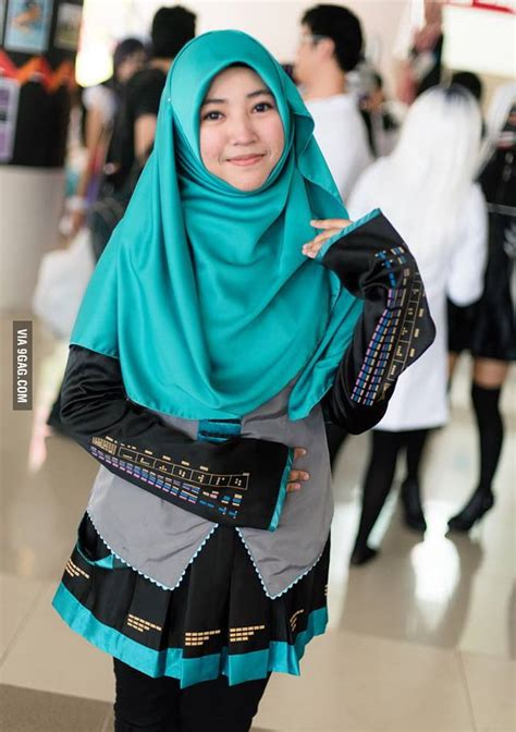 hijab miku gag