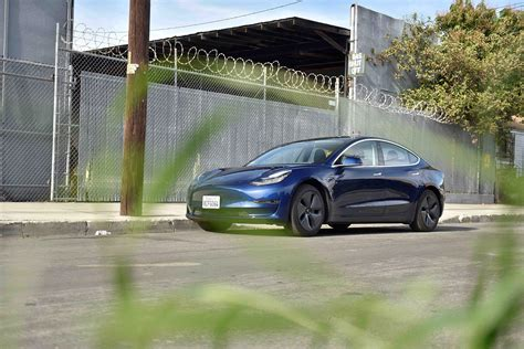 24+ Tesla 3 Driving Review PNG