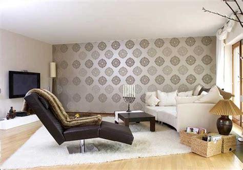 wohnzimmer tapeten ideen wohnzimmer tapeten barock muster in silber grau farbe