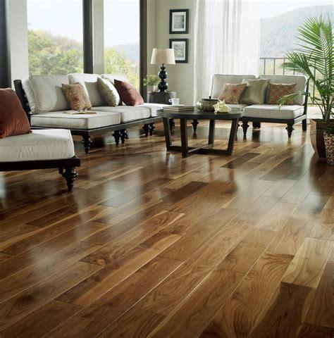 Laminate Floor, Wood Floor installation